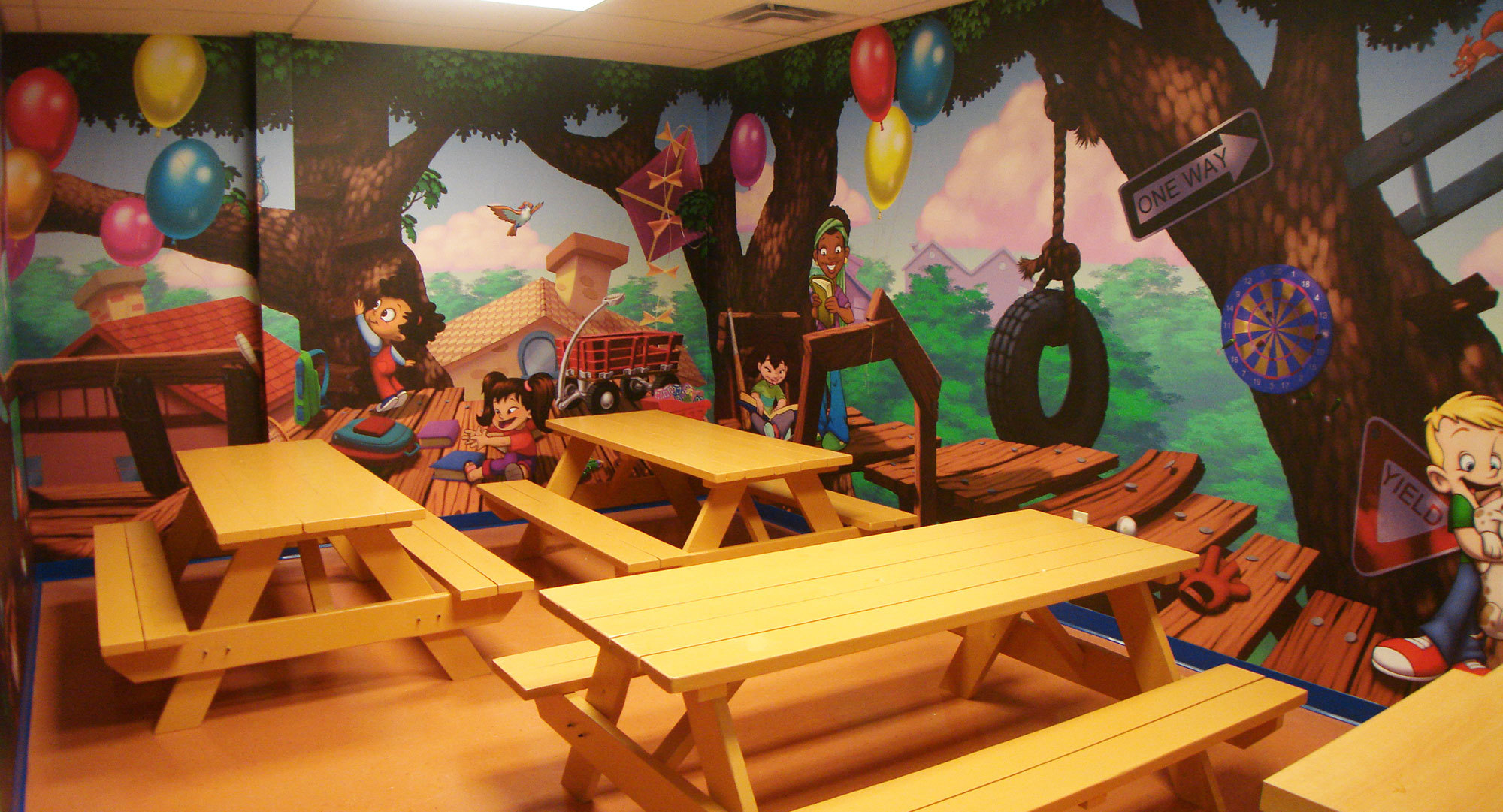 Neighborhood Treehouse Themed Space at Imaginations at Play