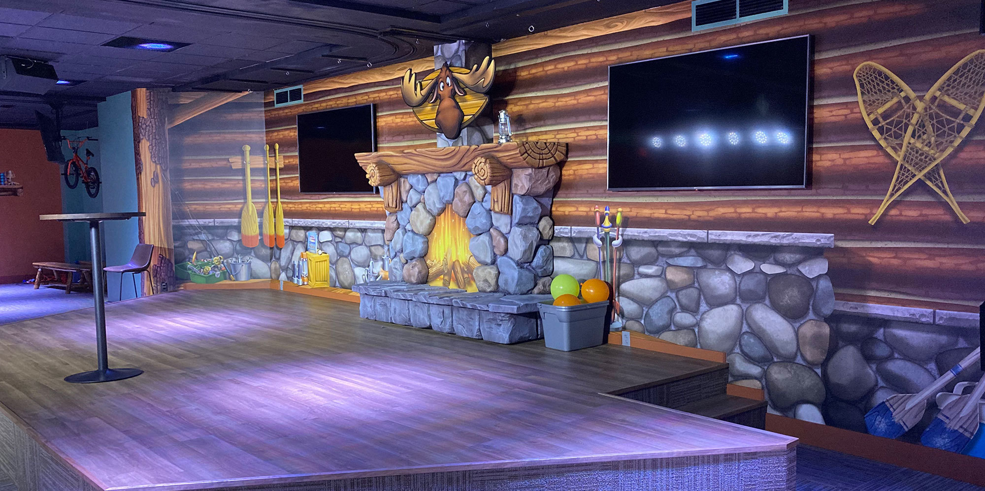 Camping and Lodge Themed Stage